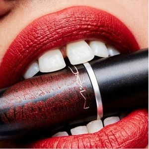 MAC Cosmetics Chili Matte Lipstick